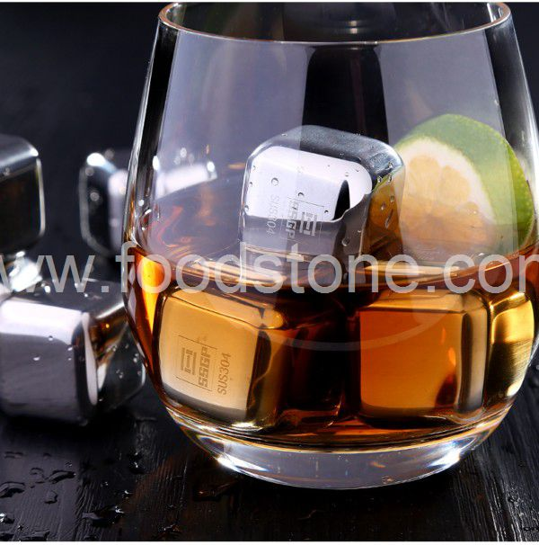 Engraving Stainless Steel Ice Cubes (5)